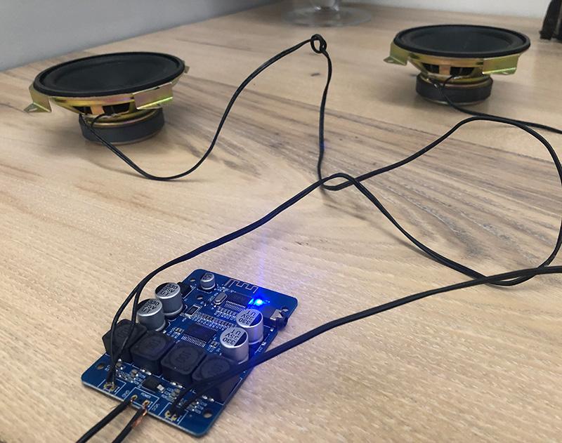 Портативная Bluetooth акустика